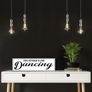 ES-THIS-KITCHEN-IS-FOR-DANCING-1
