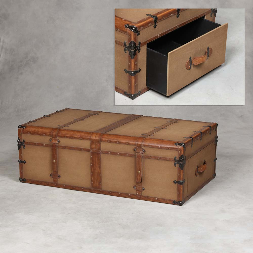 Antiqued Steamer Trunk Style Large Coffee Table Trunk The House In Town